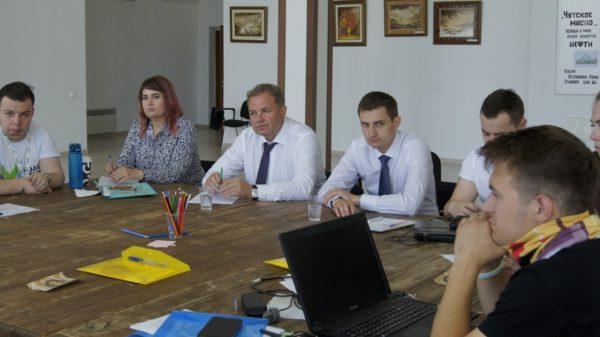 Молодежный парламент региона провел сессию на республиканском форуме «Молодежь Коми»