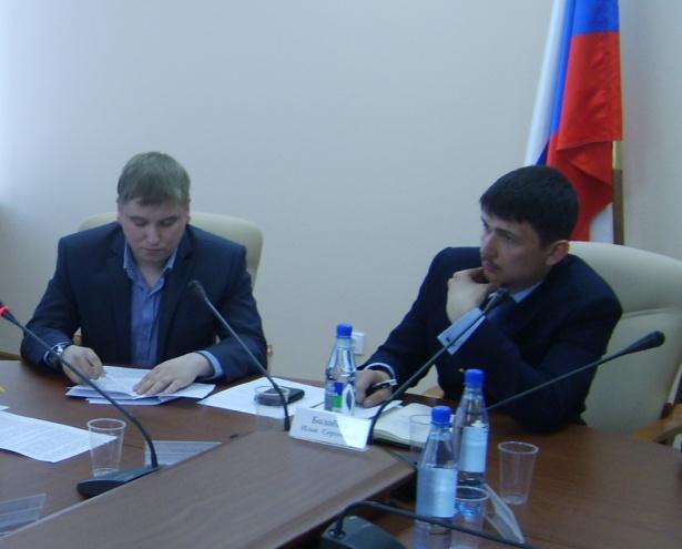 Исполняющий обязанности председателя Молодёжного парламента Илья Болобан