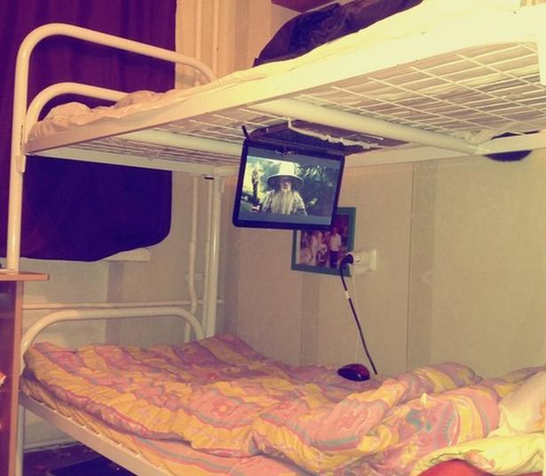 постельный кинотеатр