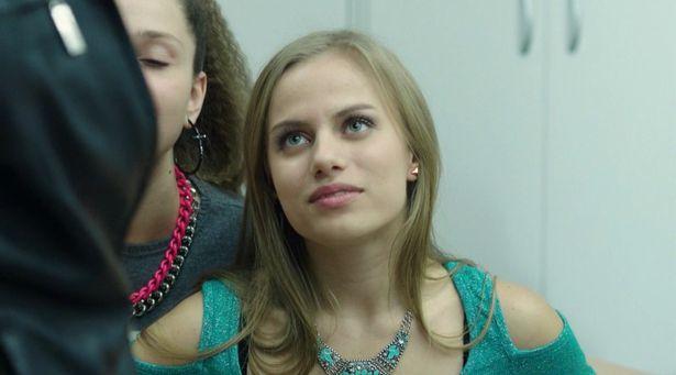 Голенькая Виктория Клинкова показывает всю себя на Starsru.ru