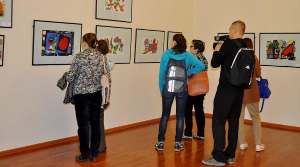 В Сыктывкаре открылась выставка великих классиков ХХ века