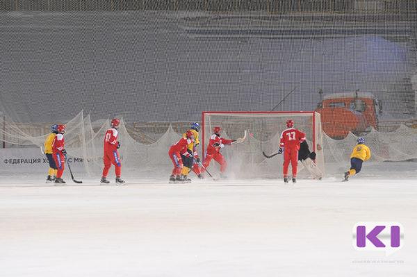 Сборная РФ одолела норвежцев настарте юниорскогоЧМ похоккею смячом